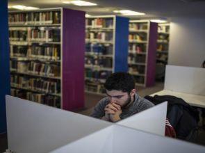 Türkiye'deki Suriyeli öğrenciler vatandaşlık yerine kalıcı ikamet tercih ediyor